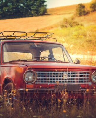 Are old cars cheaper to insure?